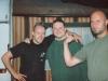 Si Hing André mit dem frisch graduierten Si Hing Marvin und Si Hing Carsten (rechts)